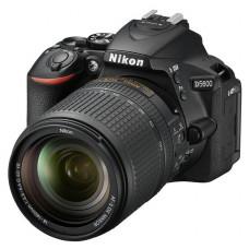 """Зеркальный Фотоаппарат Nikon D5600 черный 24.2Mpix 18-140 VR AF-S 3"""" 1080p Full HD SDXC Li-ion"""